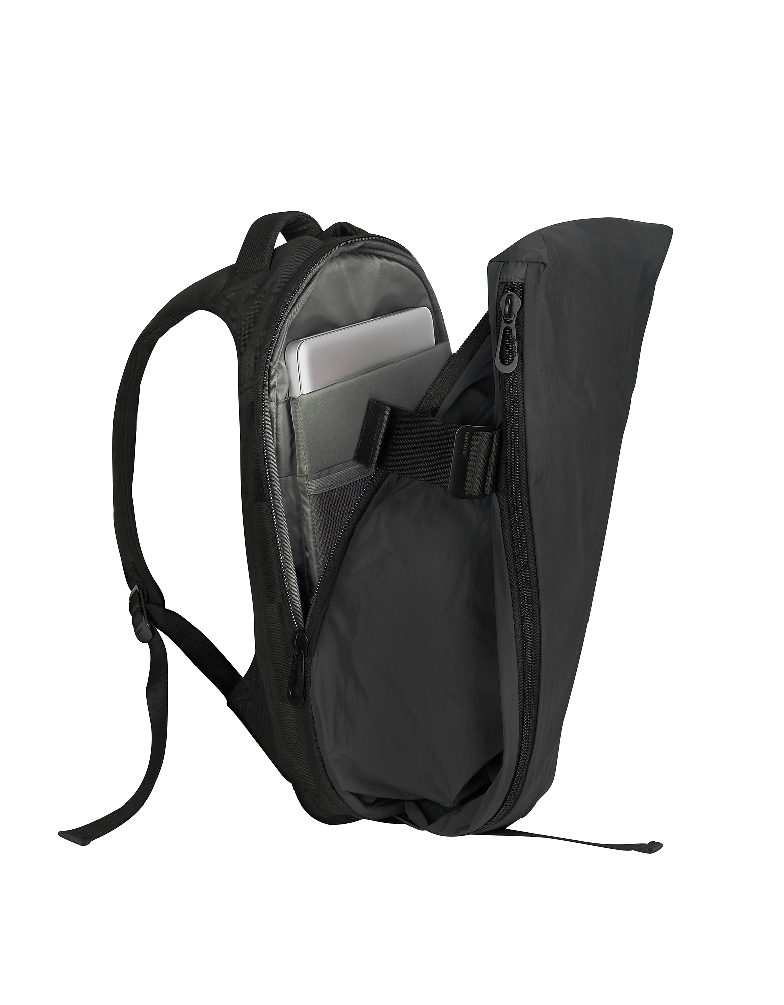 Isar Medium Black Memory Tech Backpack от Forzieri.com INT