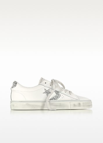 Pro Leather Vulc Ox Distressed Leather Sneakers w/Silver Glitter Star - Converse Limited Edition