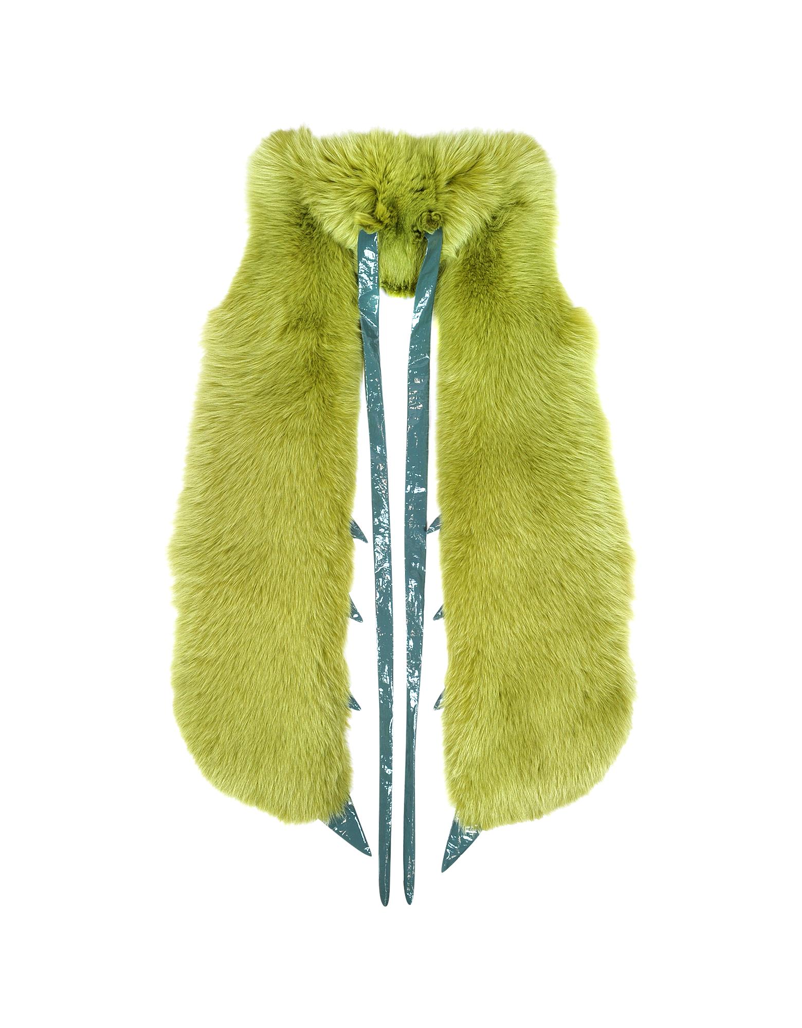 Image of Praying Mantis Green Fox Fur Stole