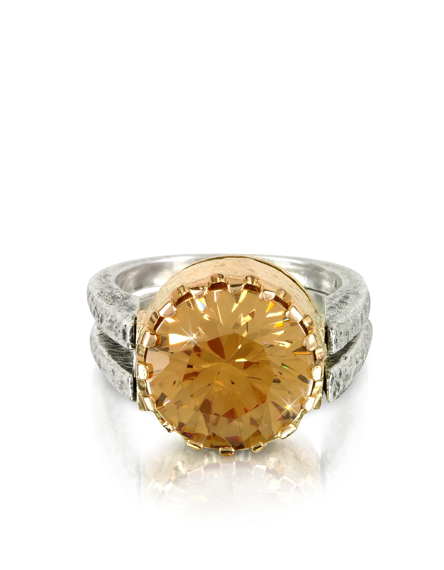 Кольцо из Серебра 925 пробы и Розового Золота с Кубиком Циркония Оттенка Золотистое Шампанское
