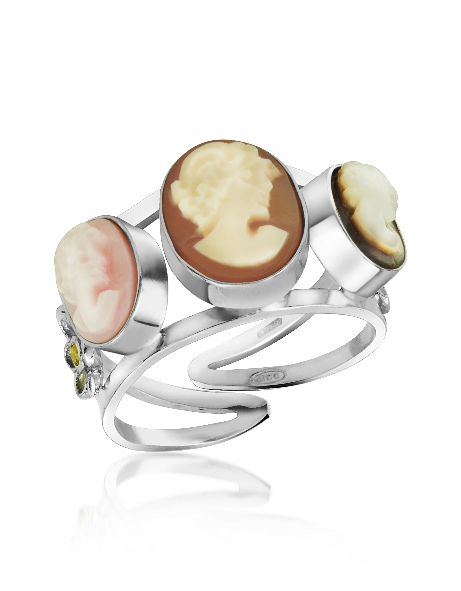 Mia & Beverly Cameo, Cameo Trio Ring