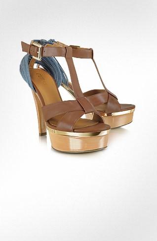 ..أحذية الكعوب العالية لعام 2013احذية مارى جين المسطحة للمرأةمجموعة أحذية