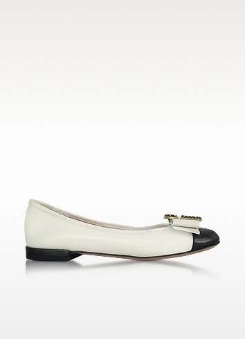 Ivory and Black Leather Interlock Round Toe Ballerina - Marc Jacobs