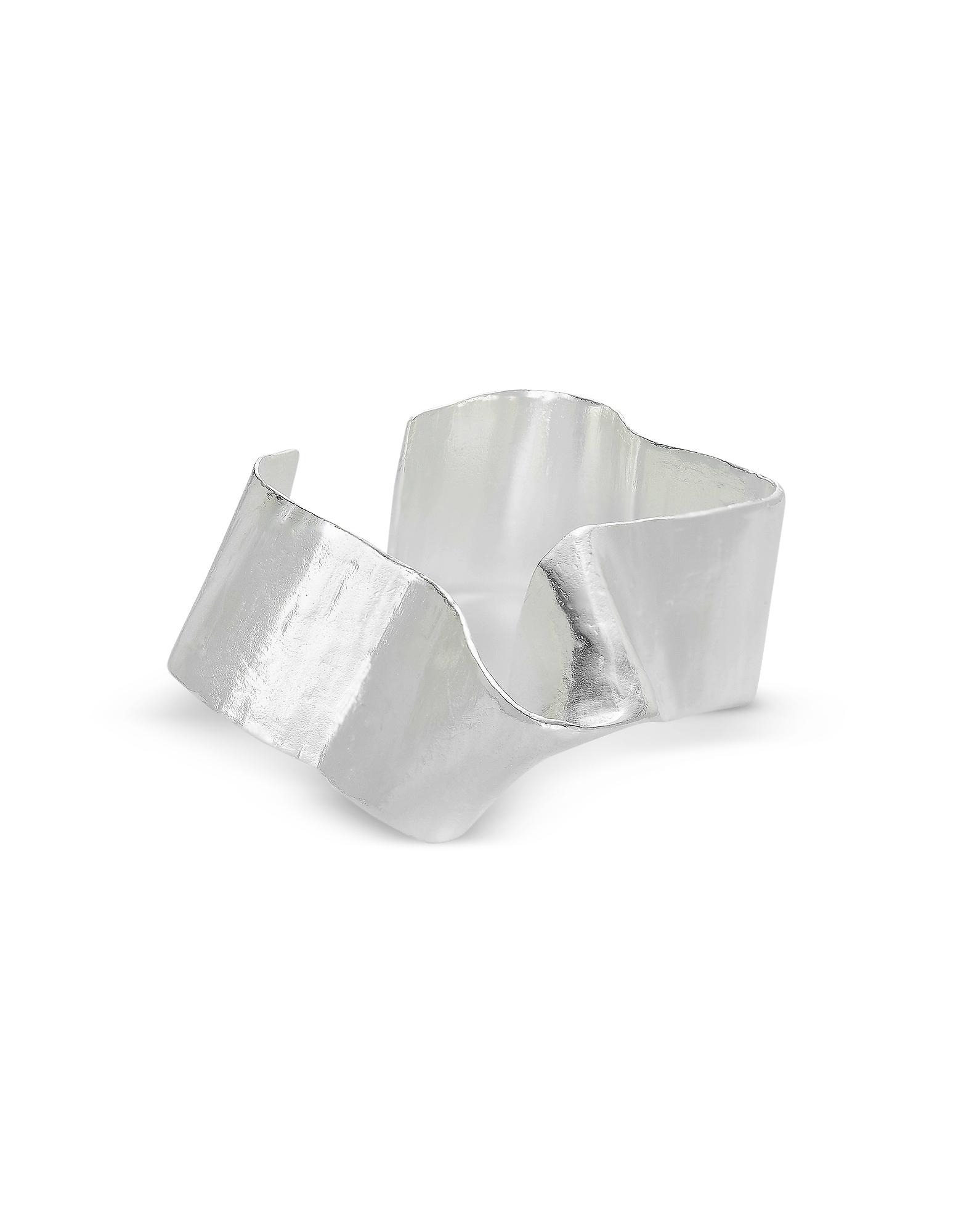 Silver A Stream Comes Up Armcuff