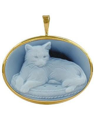 Cat Agate Stone Cameo Pendant / Pin  - Del Gatto