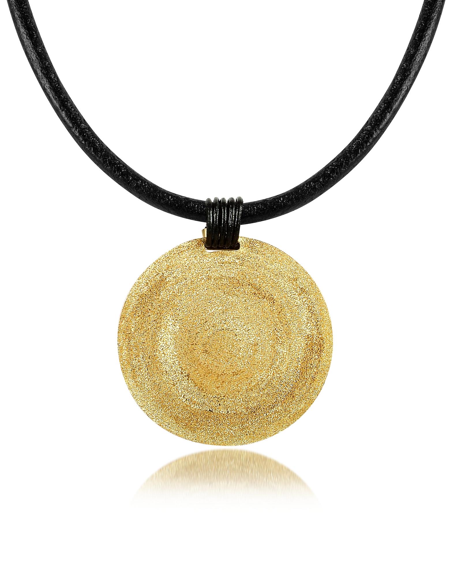 Круглая Золотистая Точеная Подвеска из Серебра Среднего Размера на Кожаном Шнурке