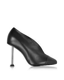 Pin Pumps aus Leder in schwarz - Victoria Beckham