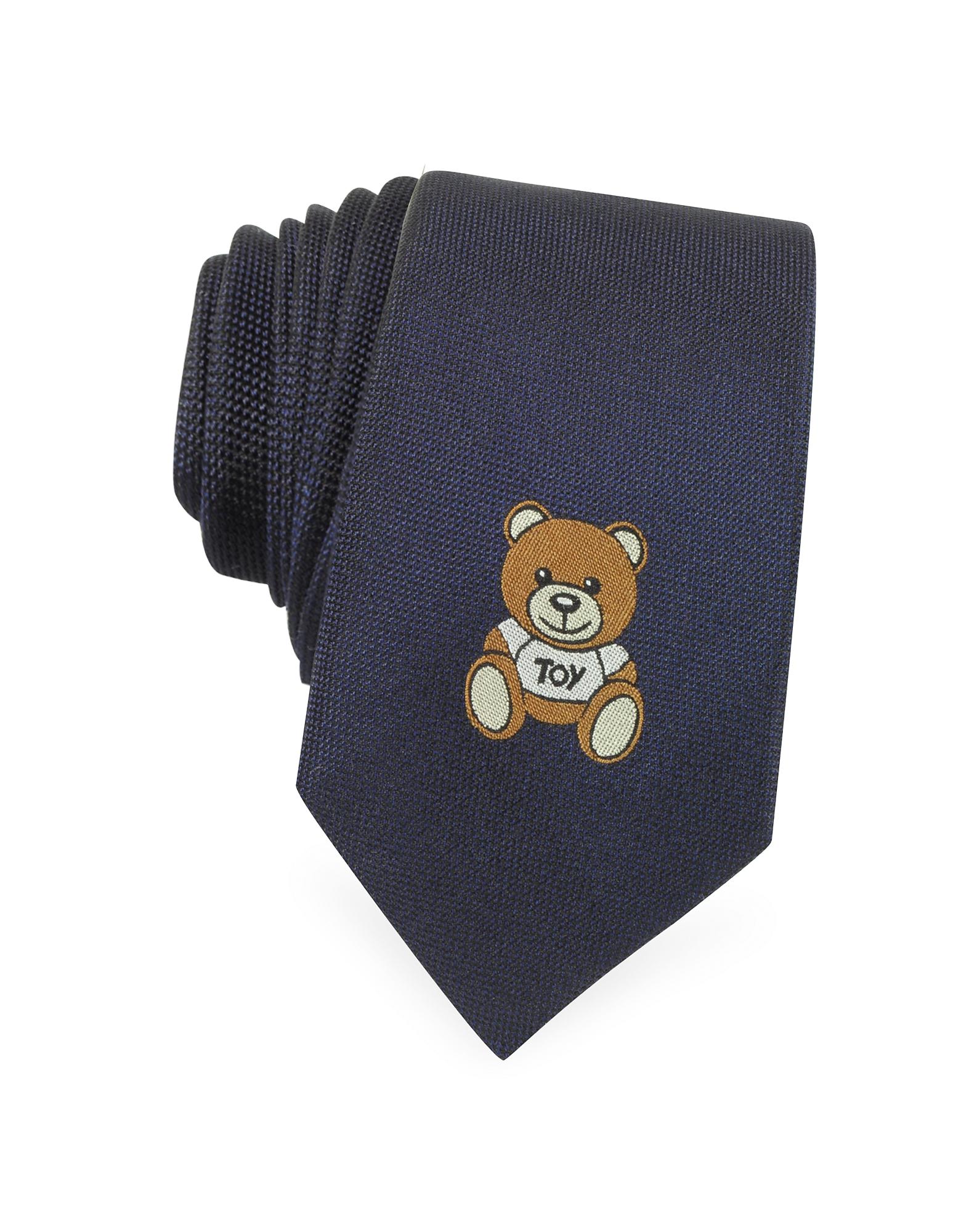 Moschino Teddy Bear - ���������� ����� ������� �� ������������ �����